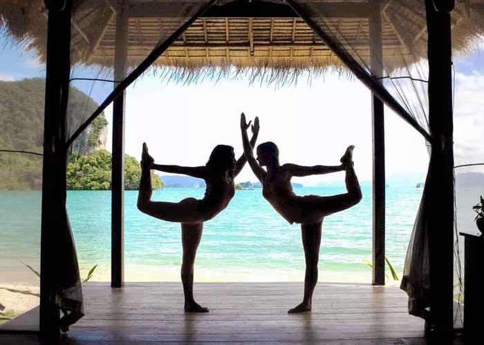 Yogareis in Thailand met verblijf in wellnessresort aan zee.