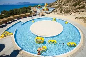 Ontspannen in het zwembad in Griekenland
