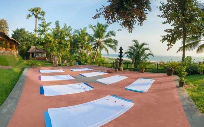 Yoga tijdens de vakantie in India