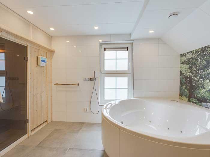 Luxe vakantievilla met sauna en jacuzzi in Nederland