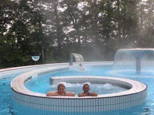 Vanessa en Jenny in een spa in Spa